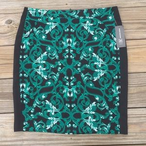 INC NWT Sundial Scroll black and green skirt
